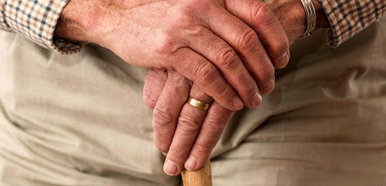 materac-dla-osoby-starszej-jaki-kupic